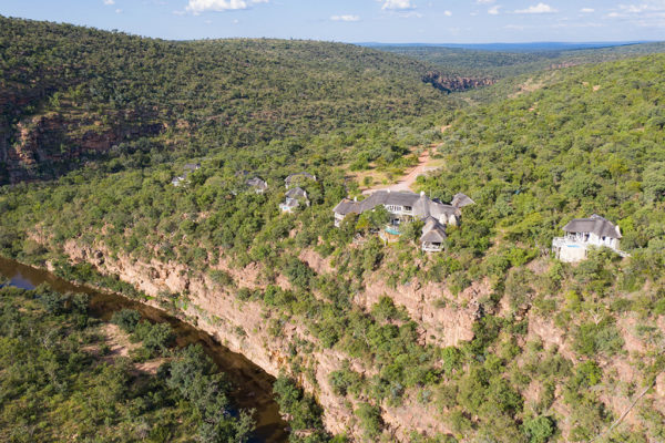 clifftop-lodge-conferencing-lodge-aerial